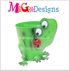 High Quality Metal Sweet Bee Animal Flower Planter for Yard Decor pictures & photos