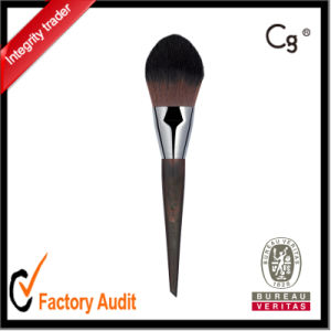 Long and Flat Brush with a Tapered Tip Powder Make up Brush pictures & photos