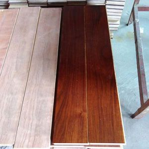 15mm Multi-Layer Engineered American Black Walnut Wood Flooring pictures & photos