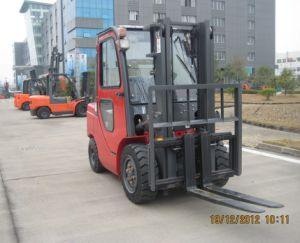 3.0ton Diesel Forklift with Chinese Engine pictures & photos