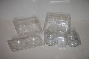 Good Quality Lid Tray Container Thermoforming Machine pictures & photos