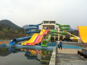 Closed Spiral & Open Multi-Lane Water Slide, Water Park Equipment pictures & photos