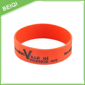 New Product Custom Made Silicone Wristbands pictures & photos