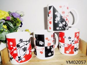 Ceramic Milk Mug with Big Hand pictures & photos