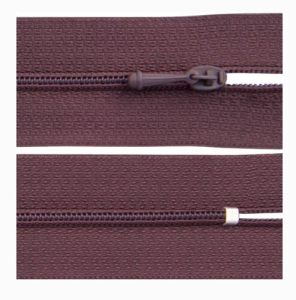 Manufacturer Fashion Nylon Zipper for Garment Bags Textile pictures & photos