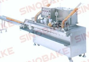 Full Automatic Sandwich Biscuit Machine pictures & photos