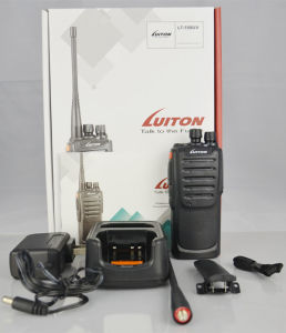 Ce Dual Band Lt-558UV Two Way Ham Radio Long Distance Voki Toki pictures & photos
