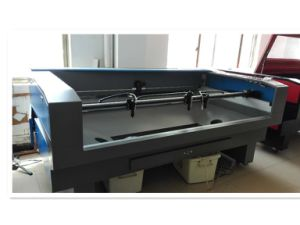 Laser Die Cutting Machine for Fabric/Cloth/Curtain