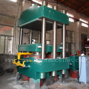 Four Column Rubber Vulcanizing Press pictures & photos