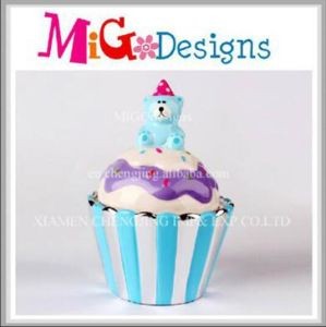 New Design Cupcake Shaped Ceramic Money Piggy Bank pictures & photos