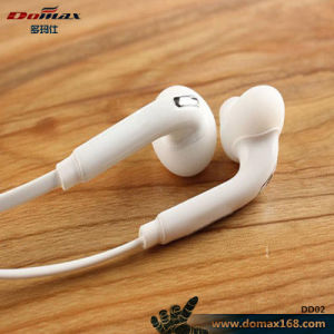 Mobile Phone Accessories 3.5mm Earphone with Line Control pictures & photos