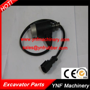 High Quality Main Pump Solenoid Valve for Komatsu Excavator PC200-3/5 pictures & photos