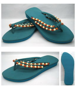 5e3472e23 China Rubber Sandal Lady Shoes Flip Flop with Glitter Strap (22FL908 ...