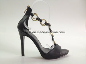 Lady Leather High Heel Metal Ring and Outheel with Zipper Sandals pictures & photos