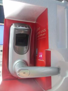 Zk Software Digital Biometric Fingerprint Door Lock pictures & photos