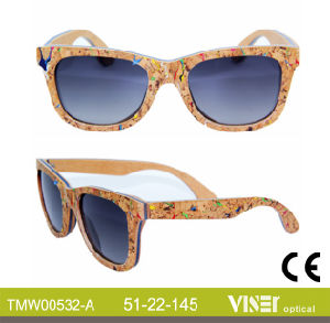 Fashion Wooden Sunglasees with High Quality (532-A) pictures & photos