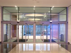 China High Quality Frameless Automatic Sliding Glass Doors China