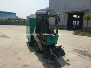 Diesel Engine Street Sweeper Driven Tractor Road Sweeper pictures & photos