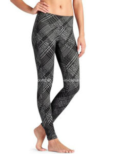Women Stripe Skin Tight Comfortable Gym Soprts Bottom Dri Fit Yoga Leggings/Fitness Yoga Pants pictures & photos