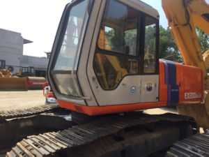 Used Hitachi Ex200-2 Crawler Excavator for Sell pictures & photos