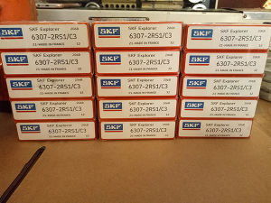 Wholesale Rolling Bearing SKF 6307-2RS1/C3 Deep Groove Ball Bearing pictures & photos