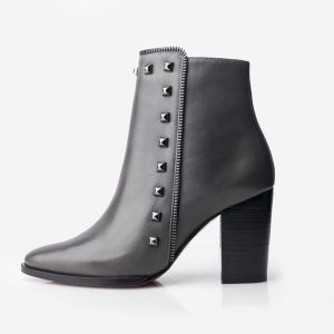 Design Ladies Leather Ankle Shoes