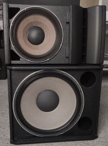 Vrx932lap Vrx918sp Active Powered Mini Portable System Line Array Loudspeaker