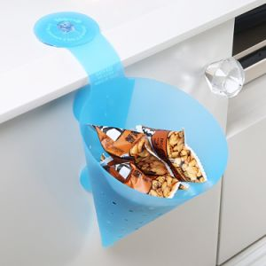 Gtx 2PCS DIY Detachable Kitchen Drain Basket Strainers / Printless Suction Pad Triangle Funnel Cleaning pictures & photos