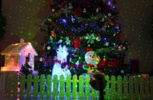 Unique Patterns for Christmas Red Green Animation Laser Light with Waterproof Function Outdoor Christmas Laser Lights pictures & photos