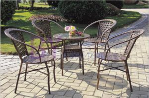 European Style High Grade PE Rattan Furniture with Four Chairs