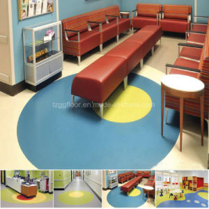 China Manufacturer Wholesale 2mm Thick PVC Flooring