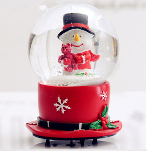 Polyresin Resin OEM Craft Water Globe Snow Globe pictures & photos