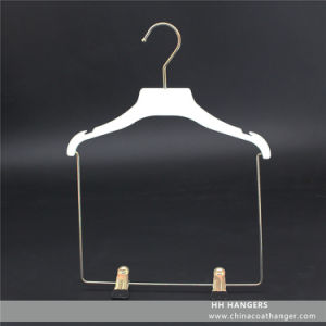 Plastic Flat Children′s Clothes Hanger Soft Finishing Kids Coat Set Clips Hanger pictures & photos