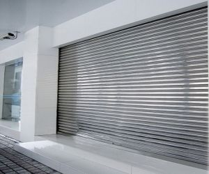 Motorized /Manual Operated Stainless Steel Rolling Shutter Door pictures & photos