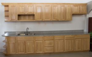 Solid Rubber Wood Kitchen Cabinet pictures & photos