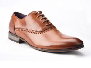 b6cefe2328b China OEM Men Formal Shoes