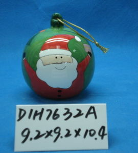 Ceramic Santa Bauble for Christmas Tree Decoration pictures & photos