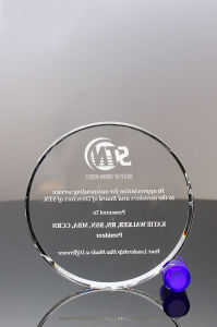 Crystal Circle with Blue Crystal Stand for Recognition Awards pictures & photos