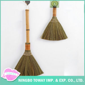 Wood Bamboo Corn Handmade Straw Corn Husk Broom for Sale pictures & photos