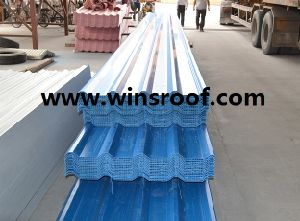 Wins PVC Hollow Roofing Sheet with Patent Design pictures & photos
