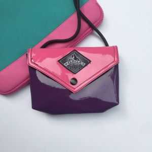 Rose Red Black PU Designer Handbag (M009-8)