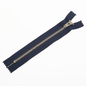 Hot Sale Metal Brass Zipper with High Quality pictures & photos