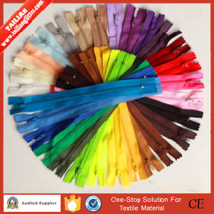 2016 Tailian Colored Nylon Zippers Wholesale by Zipper Manufacturer pictures & photos