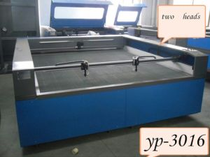 Laser Cutting Machine for Shoes and Arts with Good Control
