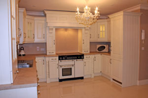 Home Furniture Kitchen Cabinets Luxurious White Solid Wood Kitchen Furniture