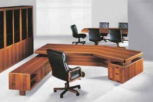 New Design Solid Wood Boss Desk Office Desk Executive Table Manager Table (BT-681)