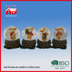 Resin Glass Snow Globe for Tourist Souvenir Lovely Deer Inside