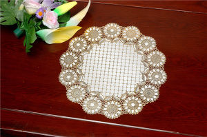 40cm Round Shape Gold PVC Lace Tablemat Waterproof Feature pictures & photos