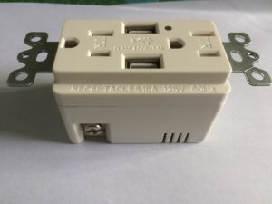USB Receptalce with Two USB Ports UL/cUL pictures & photos