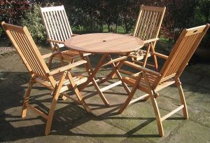 Modern Design Outdoor Garden Wooden Foldable Table and Chair